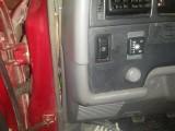 Кнопка с индикатором наличия топлива на Тойота Раннер